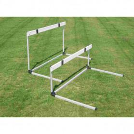 Ostacolo in alluminio, staggetta in abs, altezza regolabile da 76,2 a 106,7 cm.